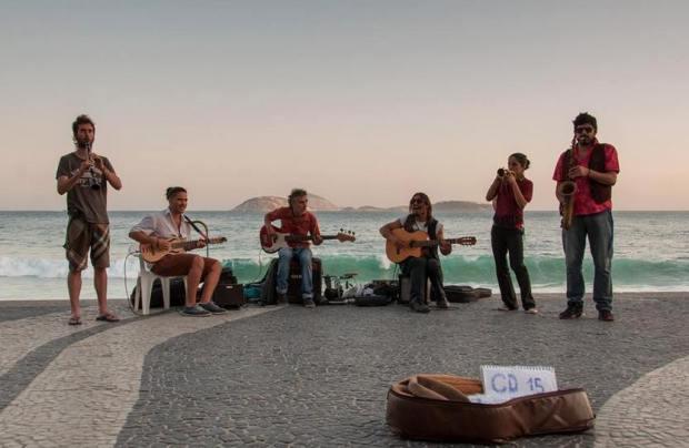 Banda de músicos ciganos - Dr Swing