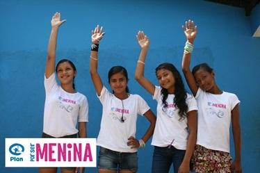 Levante a mão pelas meninas!